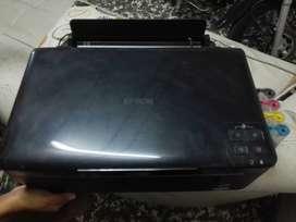 Impresora marca EPSON de tinta continua
