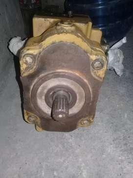Vendo bomba hidráulica para camion