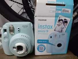 Se vende cámara instantánea fujifilm mini 9
