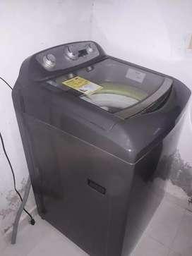 Se vende lavadora haceb
