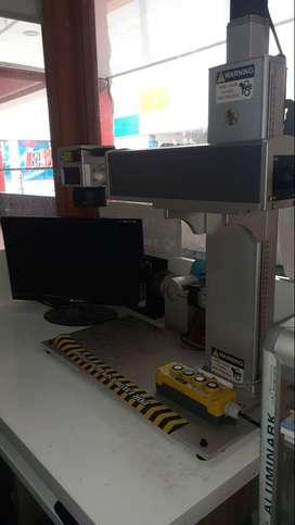 Máquina de grabado láser industrial de alto rendimiento