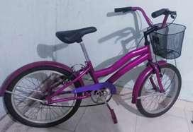 Linda bici para niña
