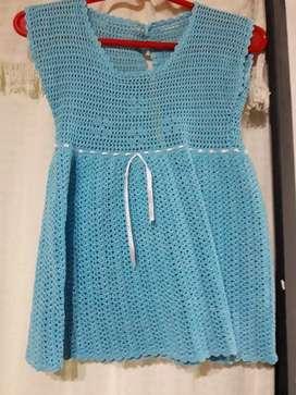 Vestido a crochet de niña