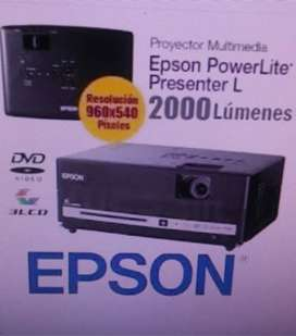 "proyector epson 2000 lumenes con pantalla 100"""