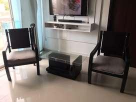 Vendo mesa y sillas sala