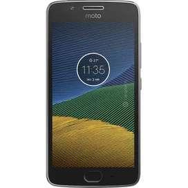Motorola G5 S Plus/ Como Nuevo/ Único Dueño/ Vendo por que mejore mi Cel/ Cargador ultra Rápido/ Cubierta Golpes/ Vidrio
