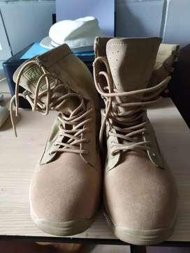 Botas militares42/43