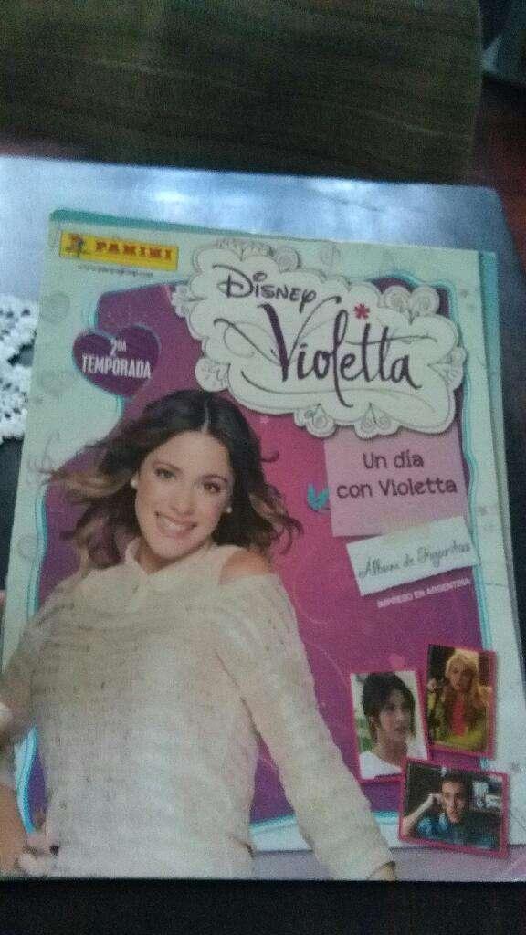 LOTE X 2 Album Figuritas Violetta Y Soy Luna - incompletos 0
