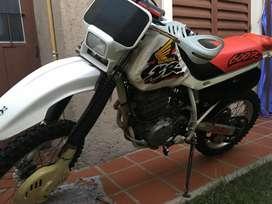 VENDO HONDA XR600
