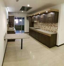 Muebles de Cocina, Closets, Puertas Etc