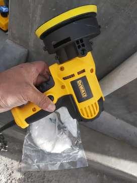 Pulidora pequeña de mano  Para pulir faros y carrocerías  Con regulador de velocidad  Sur de Quito