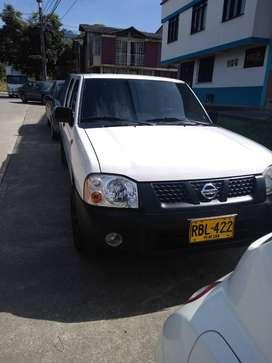 Nissan Frontier 2011 4x2 con 125.000 km originales.