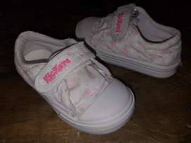Zapatillas Nena Nro 24