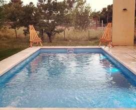 jq42 - Casa para 5 a 8 personas con pileta y cochera en Villa Ciudad de América