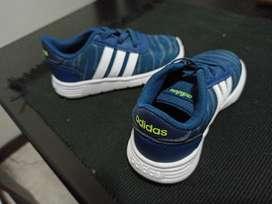 Tenis Adidas niño o niña originales 7k