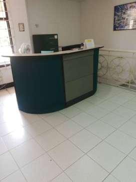 REMATE  de oficina, escritorios, salas de espera