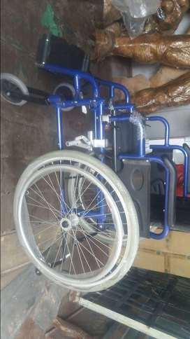 Se vende silla de ruedas $150 Nueva de paquete