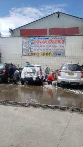 Buscó lavadores de carros con experiencia para trabajar de dia mujeres o hombres se paga al40%