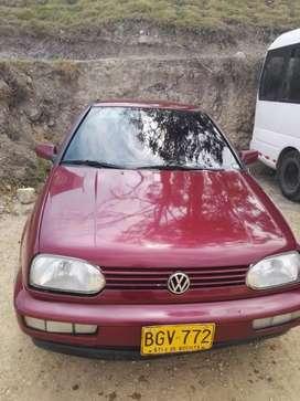 Vehículo Volkswagen golf manhattan