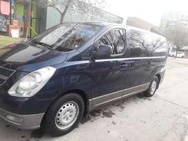 Hyundai h1 vendo contado 160 mil km 2.5 diésel 12 asientos