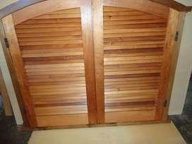 Vendo ventana postigon con cabezal curvo de 1,20 x 1,47 m en madera