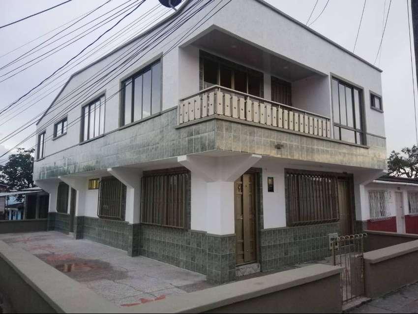 Se vende casa esquinera de 2 pisos Armenia Quindío
