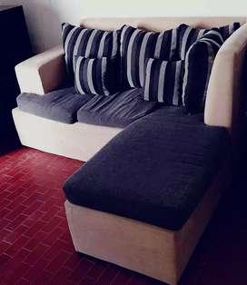 Vendo sillon de chenielle por falta de espacio