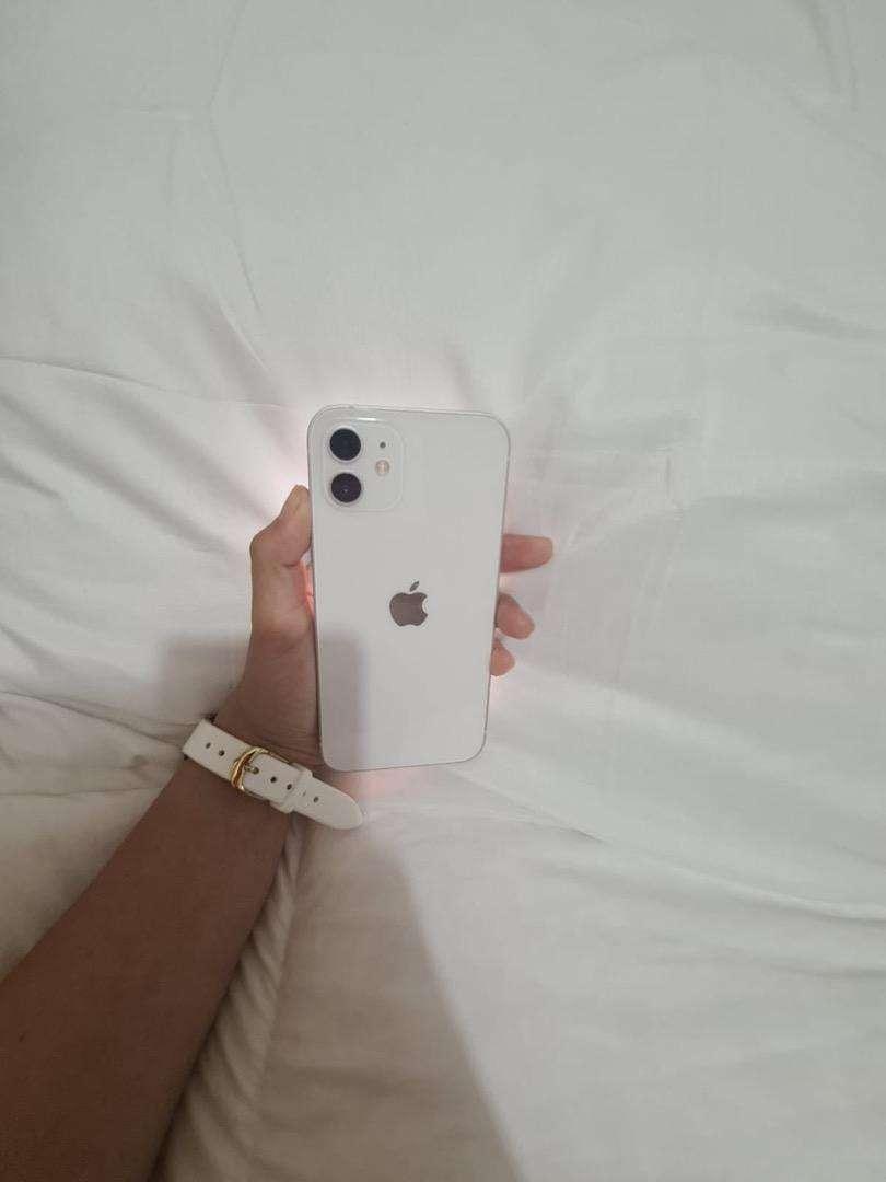 Iphone 12 blanco 128GB 0