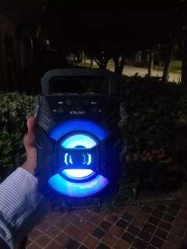 Parlante portátil [bluetooth]