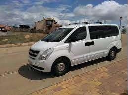 Minivans y buses para transporte de personal 0