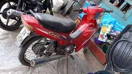 De oportunidad linda moto