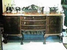 Antiguo Trinchante chippendale todo tallado de la firma Diaz de Capital 1890 raíz de nogal único.