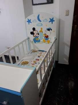 Cuna de Bebe Mickey Mouse