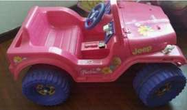 Carro a bateria de la Barbie