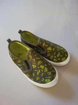 Vendo zapatos de marca baby fresh para niño nuevos