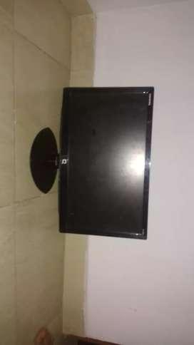 """Vendo pantalla de computador ( monitor) de 47 cm 18.5""""marca COMPAQ"""