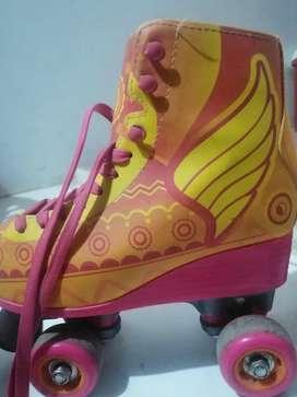 """Patines (patinaje artístico) de segunda """"SOY LUNA"""""""