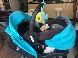 Vendo coche con silla incluida para el carro para bebepara be