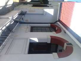 Alquilo chalet comercial