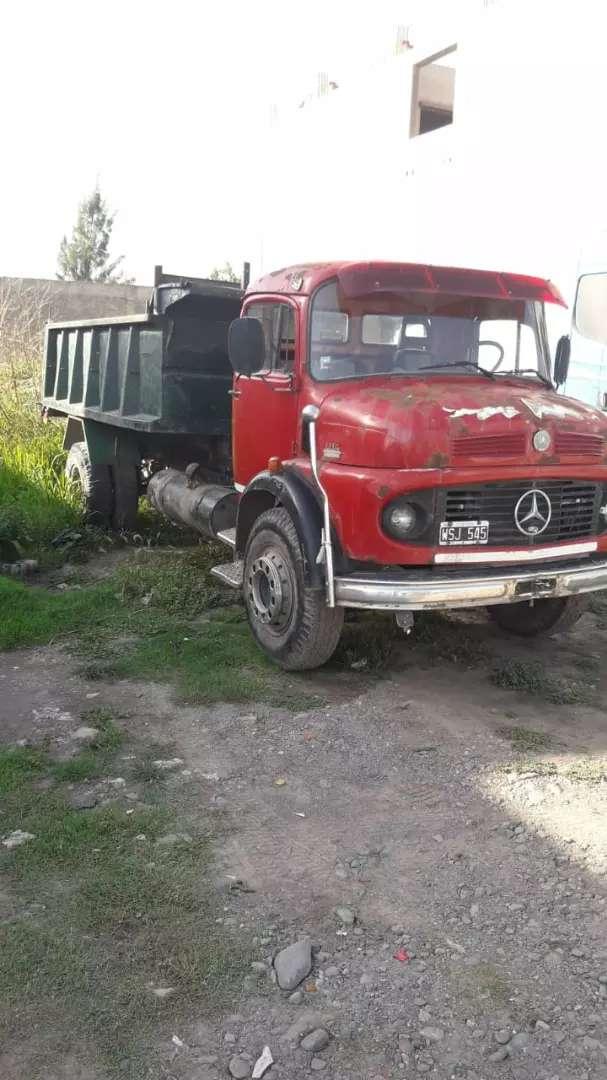 Vendo camión Mercedes 11/14 todos los papeles al día 0
