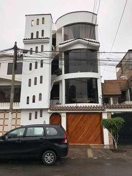 FUNCIONAL DEPARTAMENTO EN LOS OLIVOS