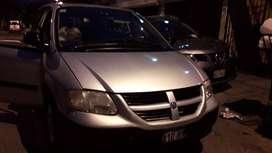 Ocasión Dogde Caravan minivan tres filas gnv