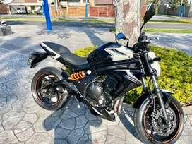 Vendo kawasaki er6n 650cc perfecto estado fue comprada nueva en el 2018