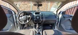 Vendo o permuto. Ford Ranger 2013