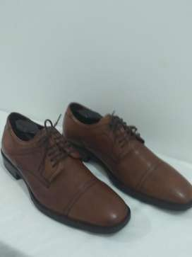 Zapatos de Cuero Legitimo Cafe