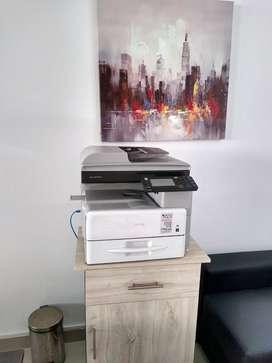 Impresora de Tonner multifuncional Ricoh Aficio MP 301