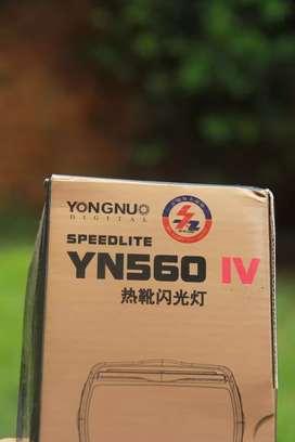 Flash yongnuo 560iv