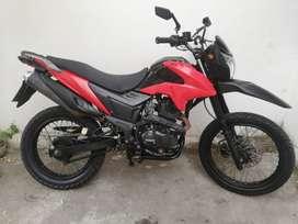 Moto Tuko TK Z220 año 2018