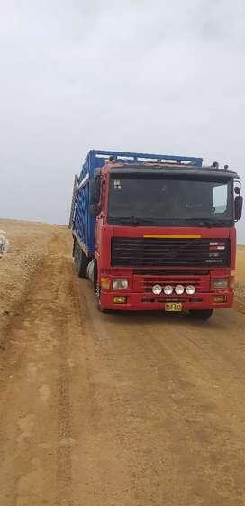 Vendo camion Volvo triple 20t