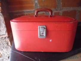 maleta o neceser antiguo